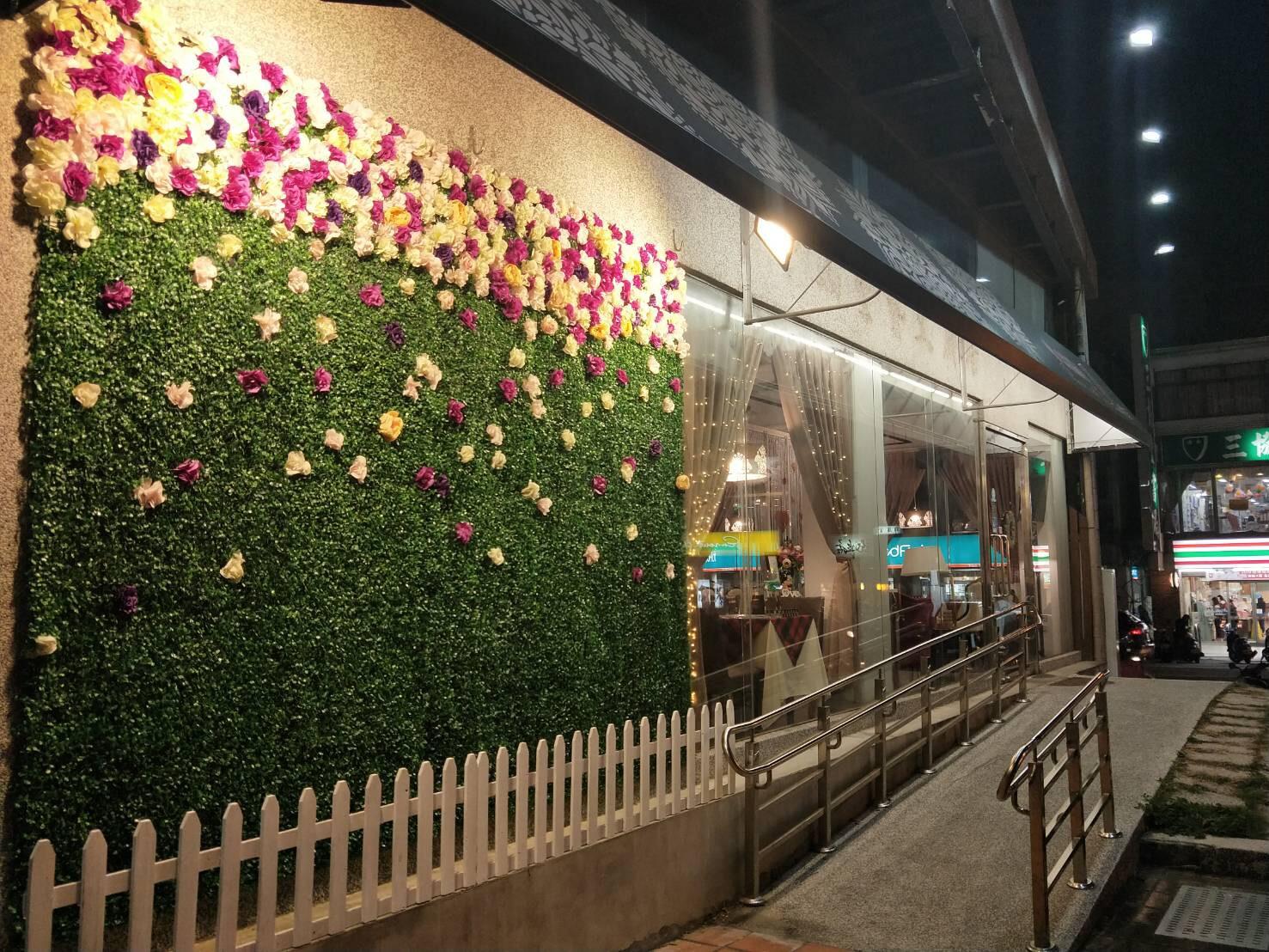 大花朵朵主題餐廳場景照