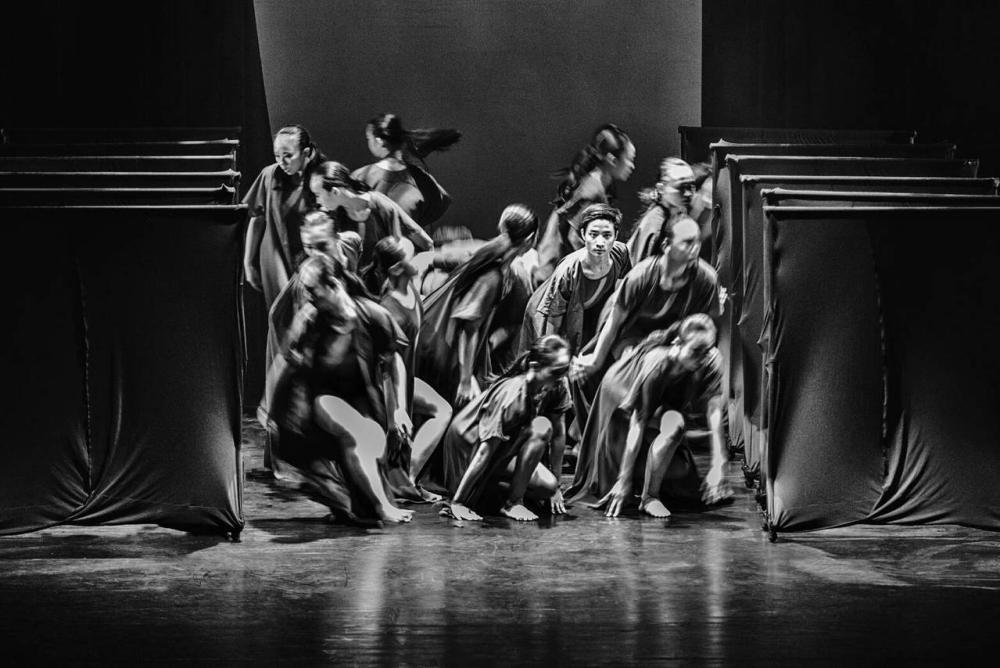 臺中市文華高中 -第27屆舞蹈班畢業成果展「驀盼如垠」、共5張圖片